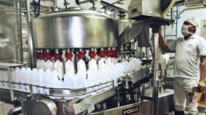 Cooperativas lácteas piden la quita de las retenciones del sector