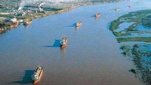 Continúa el paro de trabajadores portuarios